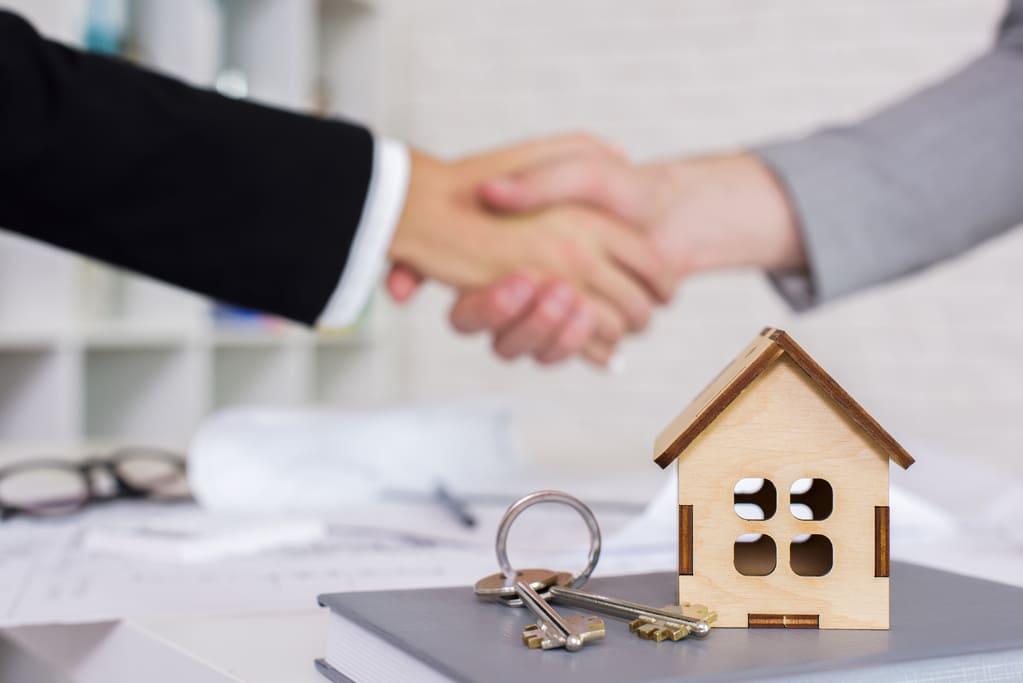 ¿que-inmobiliaria-elegir-para-vender-un-piso-rapido?